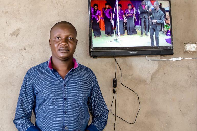 A Happy Customer | Mr Mlinganiza